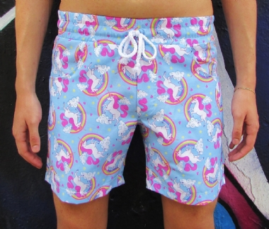 Shorts Azul Estampado Unicórnio